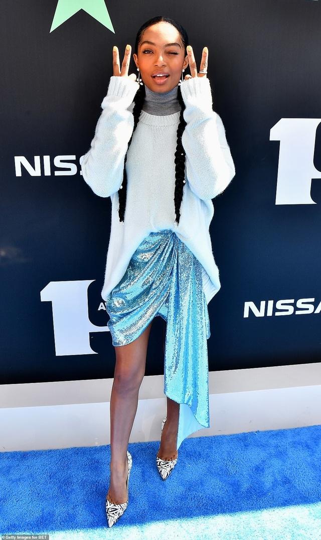 Ciara khoe chân dài, Justine Skye phô nội y trên thảm đỏ - 21