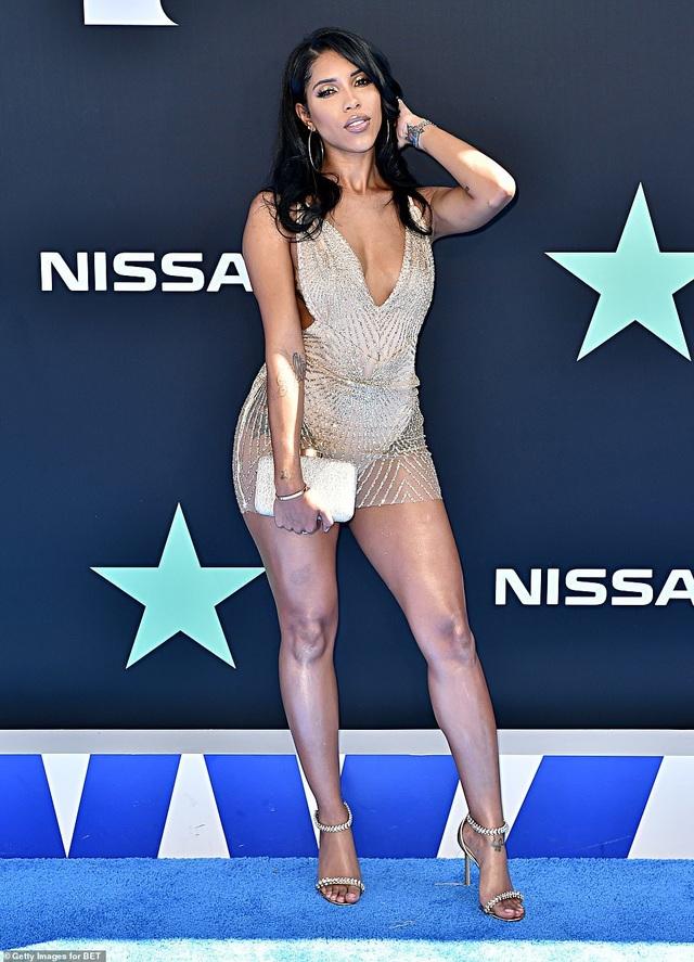 Ciara khoe chân dài, Justine Skye phô nội y trên thảm đỏ - 24