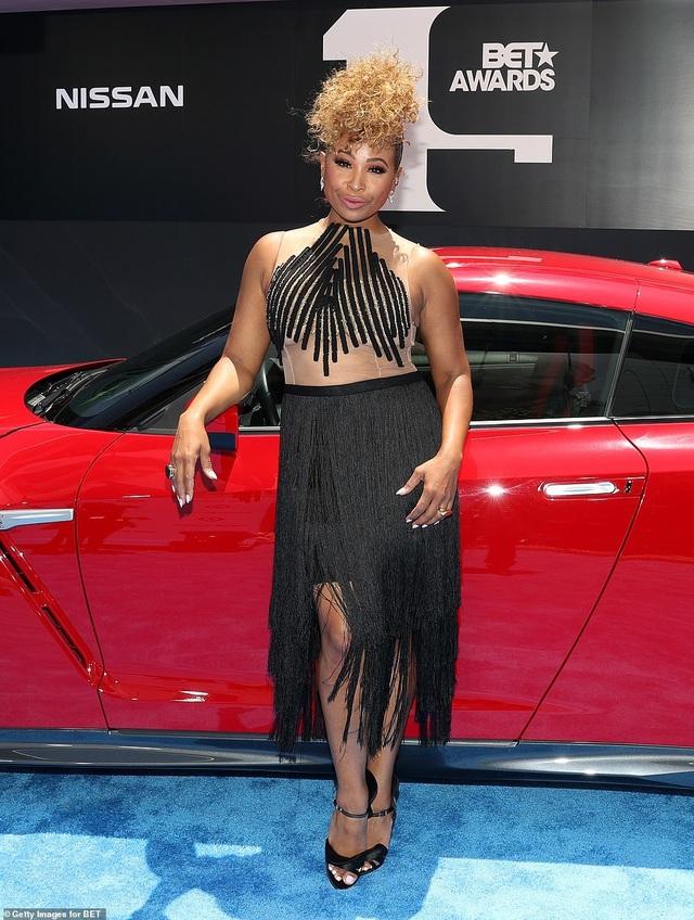 Ciara khoe chân dài, Justine Skye phô nội y trên thảm đỏ - 31