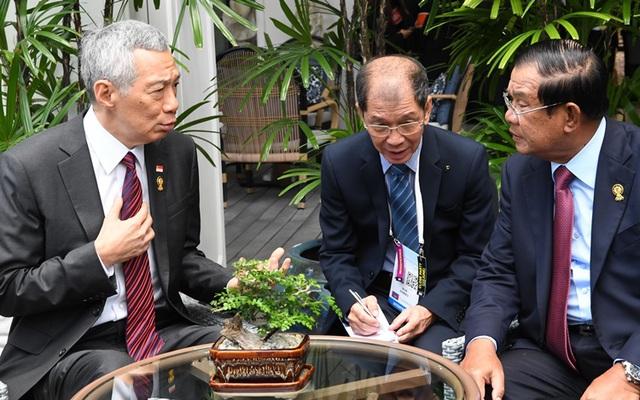 """Thủ tướng Campuchia, Singapore nhất trí """"không khơi lại quá khứ"""" - 1"""