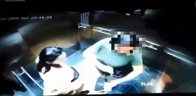 Người phụ nữ che camera nghi tiểu bậy trong thang máy chung cư Hà Nội gây bức xúc - 1