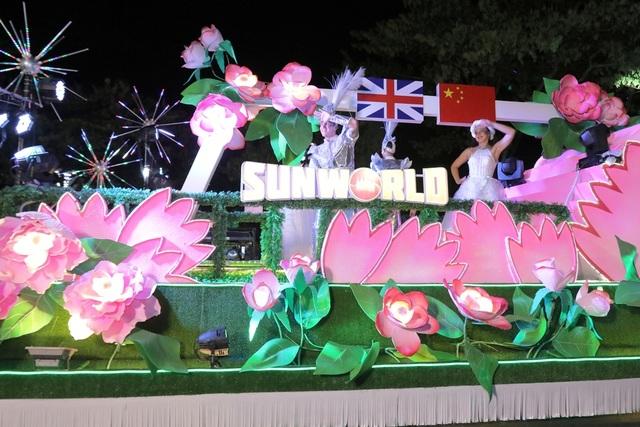 Đà Nẵng bùng nổ với các vũ điệu carnival đường phố tối 23/6 - 1