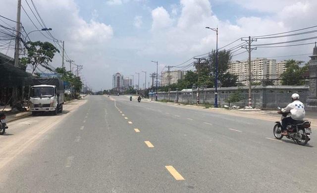 Đồng hành cùng thành phố, doanh nghiệp chi hàng nghìn tỷ mở rộng đường Lương Định Của - 1