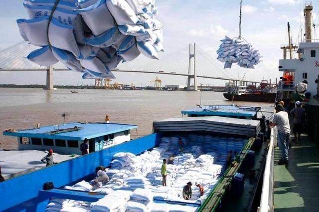 Trung Quốc giảm nhập, xuất khẩu gạo của Việt Nam trở nên khó khăn - 1