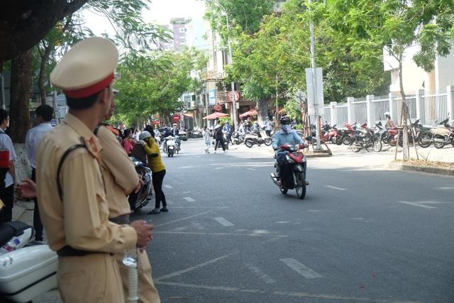 Đà Nẵng: Tạm ngưng lưu thông xe ben, xe tải trong các ngày thi THPT quốc gia - 1