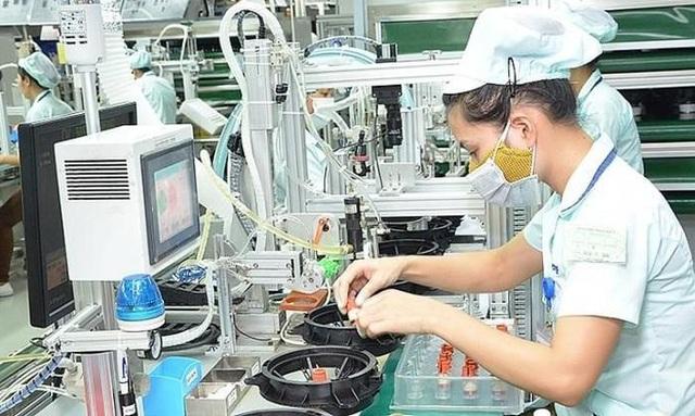 Trung Quốc phá giá đồng tiền, linh kiện, vải may giá rẻ tràn vào Việt Nam - 1