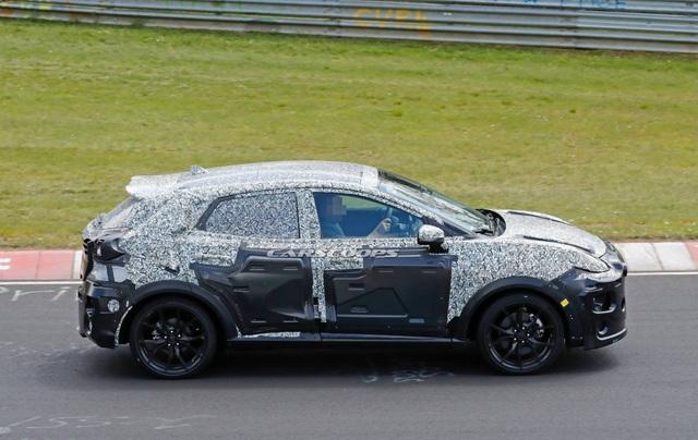 Ford hé lộ thông tin và hình ảnh về mẫu crossover cỡ nhỏ sắp ra mắt - 5