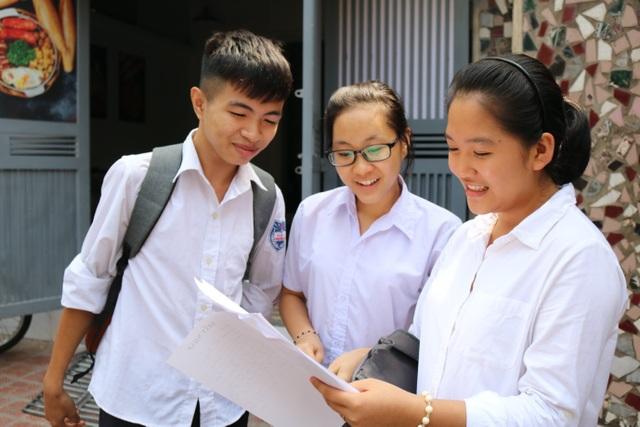 Sức mạnh ý chí vào đề thi Văn, thí sinh đánh giá đề hay - 34