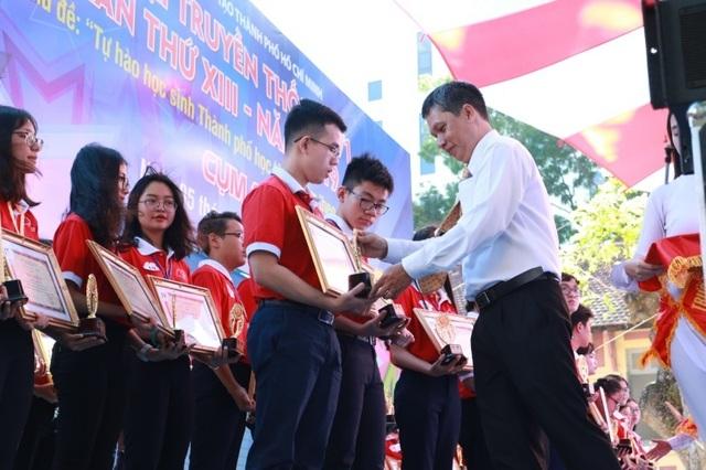 Học sinh Asian School được 4 trường đại học Mỹ cấp học bổng - 2