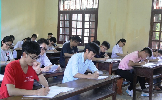 Sức mạnh ý chí vào đề thi Văn, thí sinh đánh giá đề hay - 36