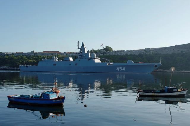 """Tàu Nga mang tên lửa cập cảng Cuba, Mỹ theo dõi """"nhất cử nhất động"""" - 2"""