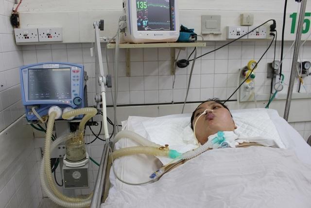 Mẹ chết mòn trên giường bệnh, bé 8 tháng tuổi khóc ngằn ngặt đòi sữa đến nhói lòng! - 4