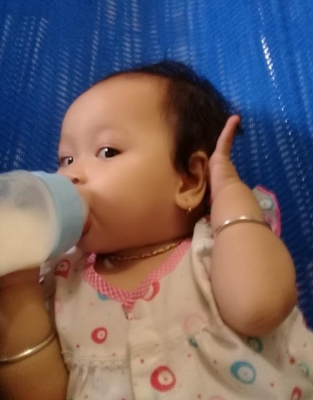 Mẹ chết mòn trên giường bệnh, bé 8 tháng tuổi khóc ngằn ngặt đòi sữa đến nhói lòng! - 6