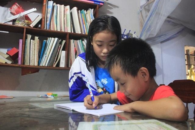 Đẫm nước mắt bức thư của cậu bé lớp một viết gửi người mẹ đã khuất - 5