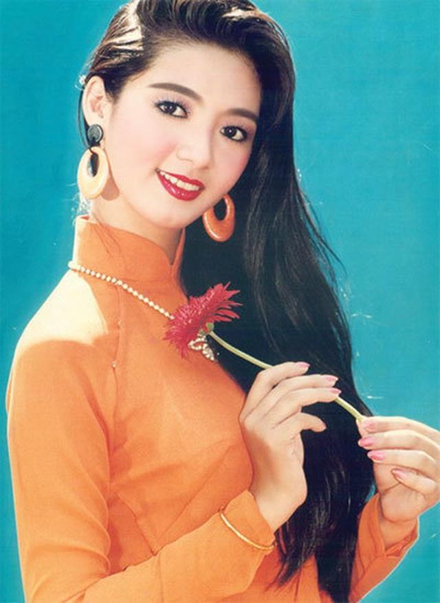 Đường cong nóng bỏng con gái Chưởng môn Vịnh Xuân Nam Anh và Hoa hậu Điện ảnh - 2