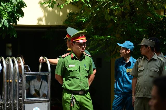 Xét xử bị cáo Nguyễn Hữu Linh: Tòa trả hồ sơ - 4