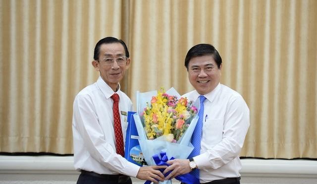 Ông Trần Hoàng Ngân giữ chức Viện trưởng Viện Nghiên cứu phát triển TPHCM - 1