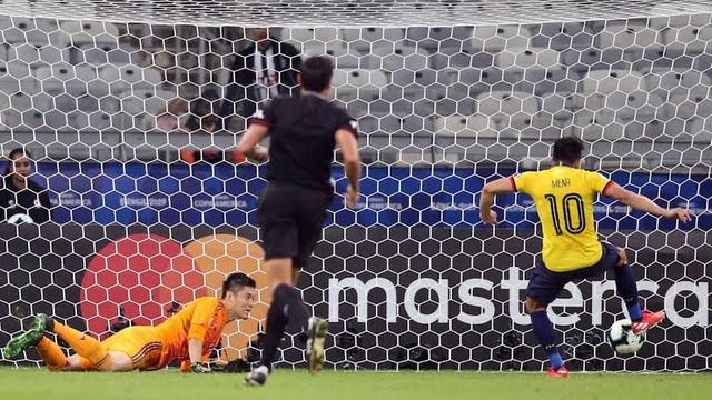 Nhật Bản bị loại, Uruguay giành ngôi đầu bảng ở Copa America - 3