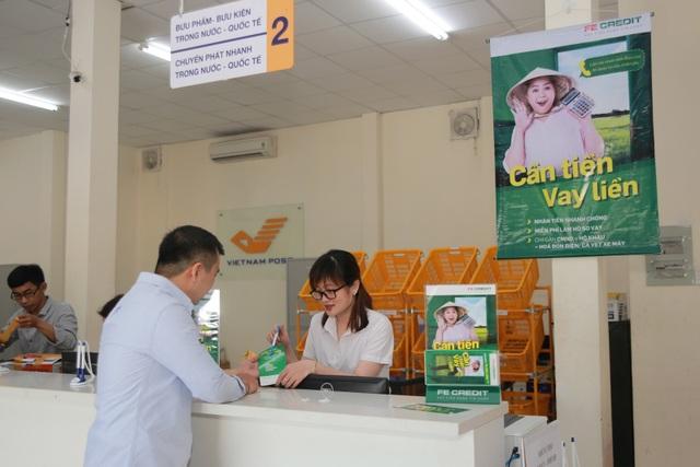 FE CREDIT hợp tác với Bưu Điện Việt Nam giới thiệu dịch vụ cho vay tiêu dùng tới khu vực nông thôn - 2