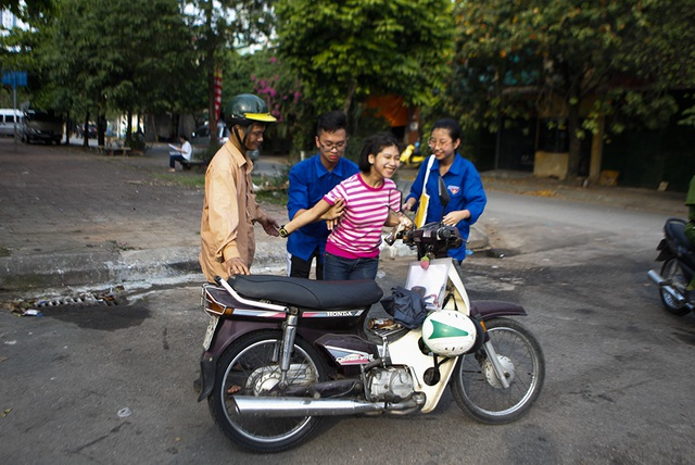 Ước mơ đại học của cha con nữ thí sinh bệnh não ở Hà Nội  - 4