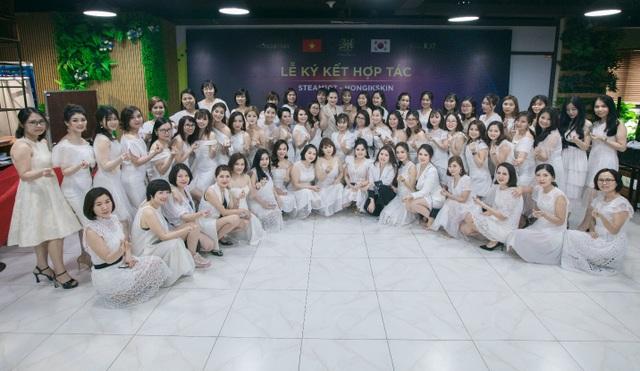 """100 nữ """"thủ lĩnh"""" trẻ tụ hội chia sẻ bí quyết tự tin theo đuổi đam mê - 6"""