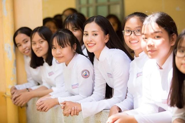 Đông đảo sao Việt gửi lời chúc đến các sĩ tử trong kì thi THPT quốc gia 2019 - 3