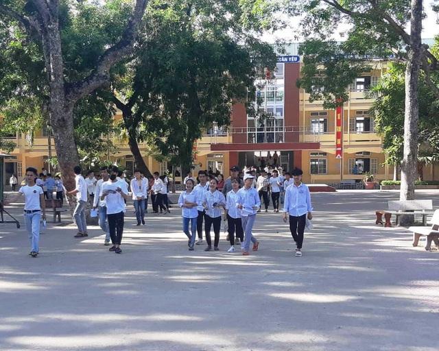 Năm học 2019- 2020, học sinh xứ Nghệ tựu trường vào ngày 19/8 - 1