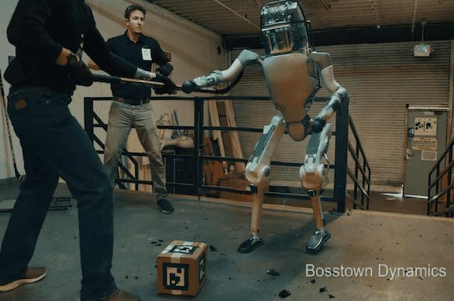 Thực hư video robot bị hành hạ và phản kháng lại con người - 1