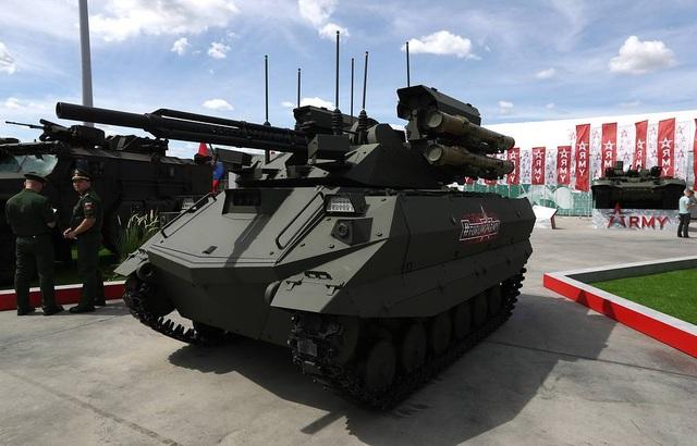 """Nga """"khoe"""" dàn khí tài uy lực, độc đáo tại triển lãm quân sự - 14"""