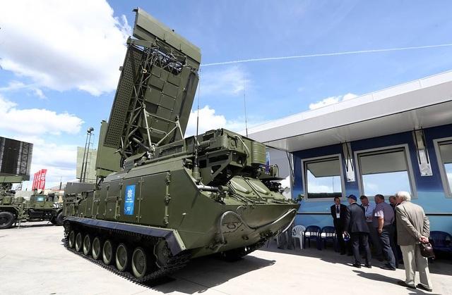 """Nga """"khoe"""" dàn khí tài uy lực, độc đáo tại triển lãm quân sự - 4"""