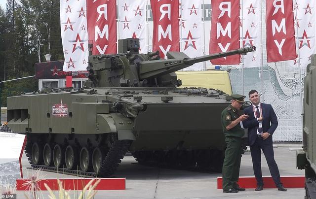 """Nga """"khoe"""" dàn khí tài uy lực, độc đáo tại triển lãm quân sự - 11"""