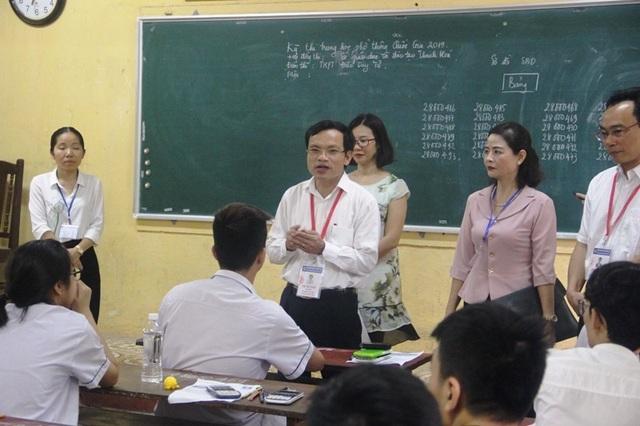 Cục trưởng Mai Văn Trinh kiểm tra phòng bảo quản, bảo mật đề thi tại Thanh Hóa - 3