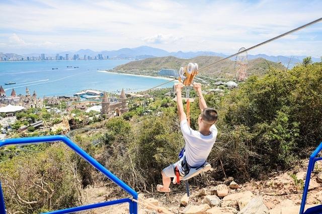 Đường trượt Zipline sở hữu 3 kỷ lục Việt Nam tại Vinpearl Nha Trang - 4