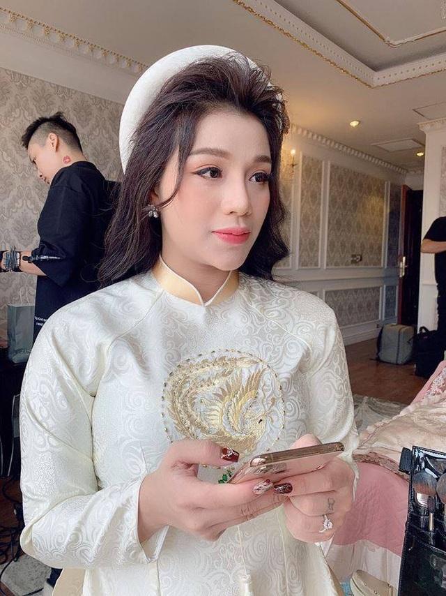 Hậu vệ Bùi Tiến Dũng làm lễ ăn hỏi với bạn gái ở Bắc Ninh - 4