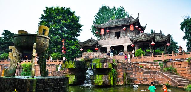 Đây là địa danh nhẵn mặt trong hàng trăm phim cổ trang ở Trung Quốc - 1