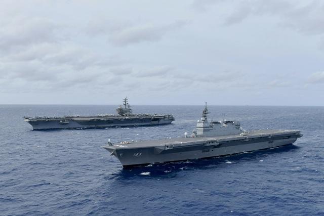 Tàu sân bay Mỹ, chiến hạm Nhật Bản liên tiếp tập trận trên Biển Đông - 1
