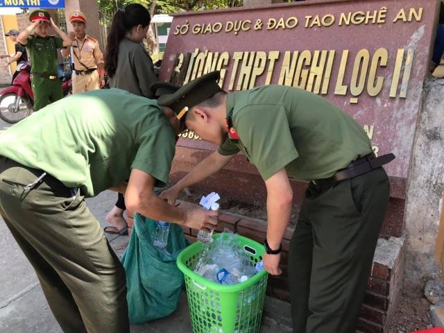 Hơn 1.000 tình nguyện viên tiếp sức mùa thi 2019 khắp nẻo xứ Nghệ - 12