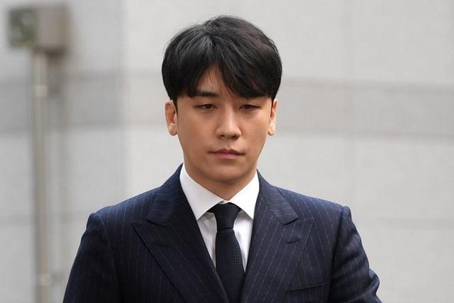 Bê bối tình dục lớn nhất Hàn Quốc: Seungri bị truy tố với 7 tội danh - 1