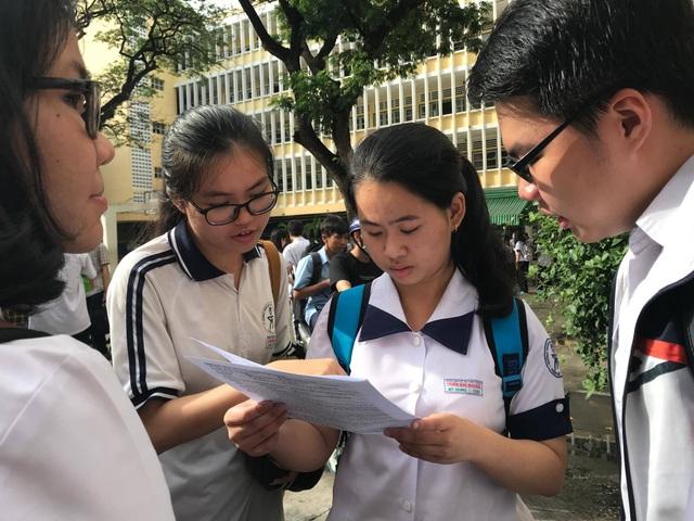 Môn tiếng Anh - Đề thi và đáp án chính thức THPT quốc gia 2019 - 1