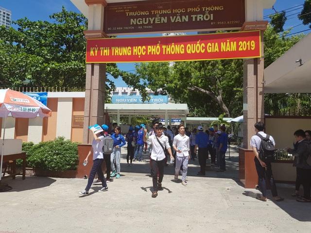 Khánh Hòa: Tỷ lệ tốt nghiệp THPT đạt gần 93% - 1