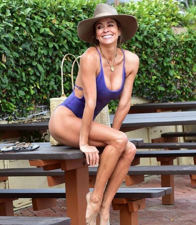 48 tuổi, Brooke Burke vẫn sở hữu phom dáng đáng ngưỡng mộ - 7