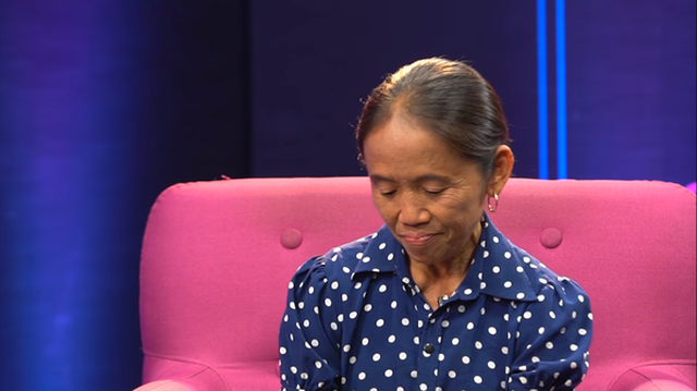 Bà Tân Vlog nghẹn ngào kể về những tháng ngày ăn cơm bên lề đường - 3