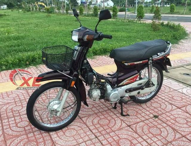Dân chơi Hà Nội rã Honda Dream Thái 180 triệu bán phụ tùng - 1