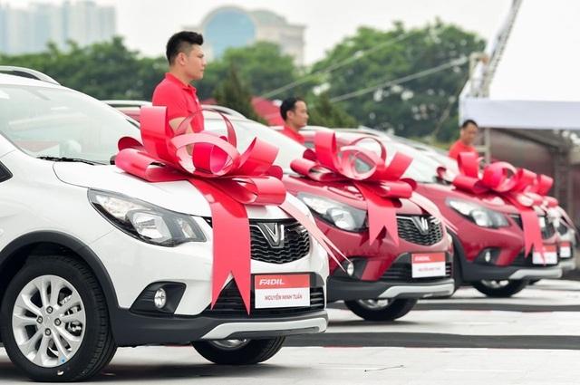 Giành giật thị phần, ô tô mua càng sớm, giá càng rẻ - 1