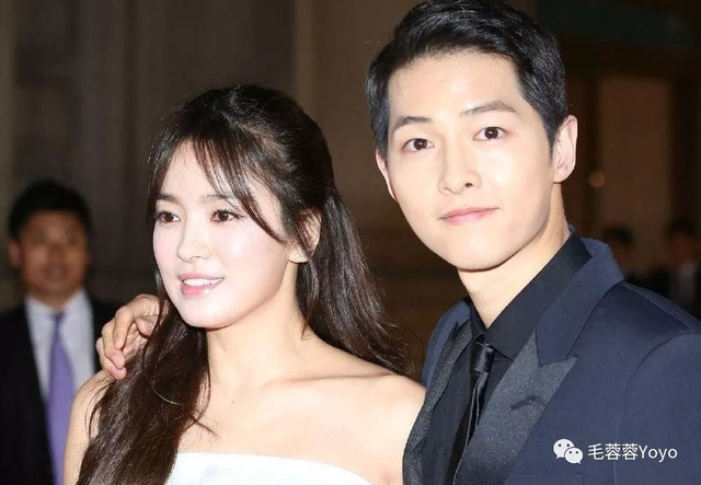 Hình ảnh ngọt ngào của Song Hye Kyo - Song Joong Ki trước khi chia tay - 6