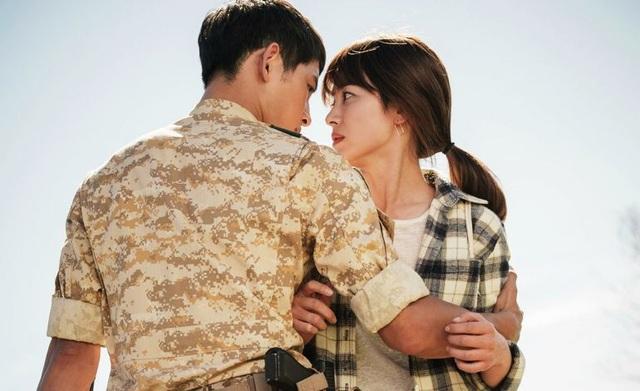 Hình ảnh ngọt ngào của Song Hye Kyo - Song Joong Ki trước khi chia tay - 2