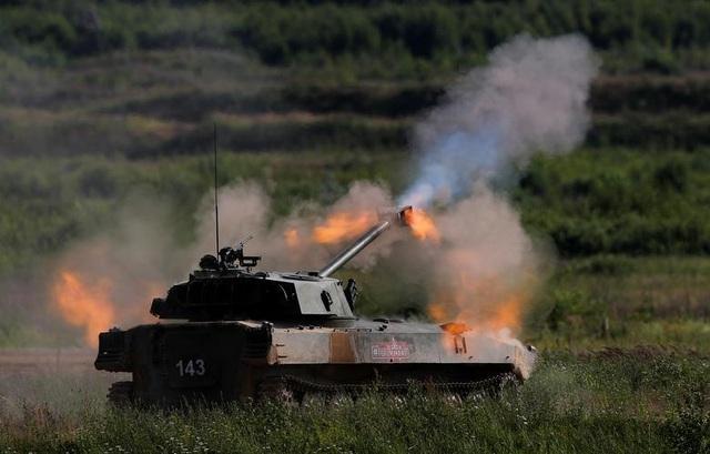 Ấn tượng dàn vũ khí Nga khai hỏa tại triển lãm quân sự - 3