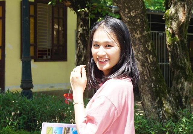 Rạng rỡ nụ cười xua tan nắng nóng mùa thi xứ Nghệ - 5