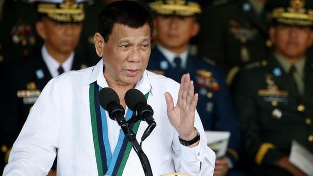 Tổng thống Duterte nói tàu Trung Quốc không cố ý đâm chìm tàu Philippines - 1