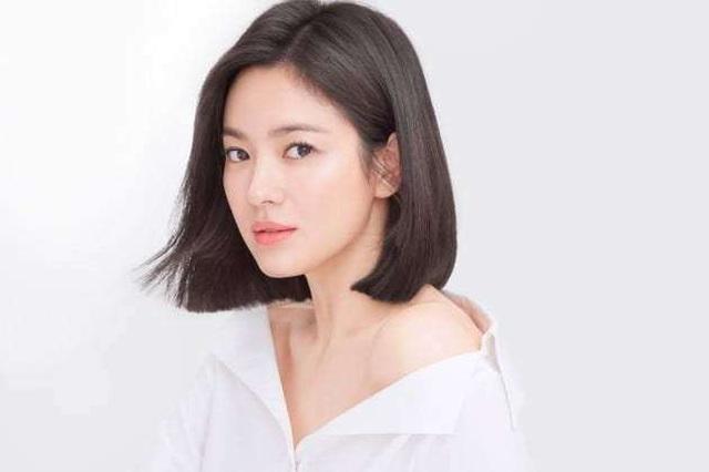 Hé lộ nguyên nhân khiến Song Hye Kyo và Song Joong Ki ly hôn - 1